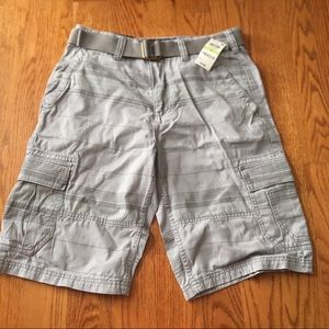 NWT - men's cargo shorts relaxed fit size 30